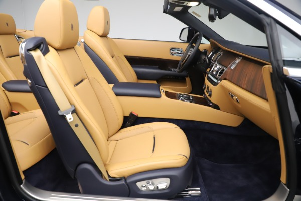 Used 2017 Rolls-Royce Dawn for sale $265,900 at Bentley Greenwich in Greenwich CT 06830 20