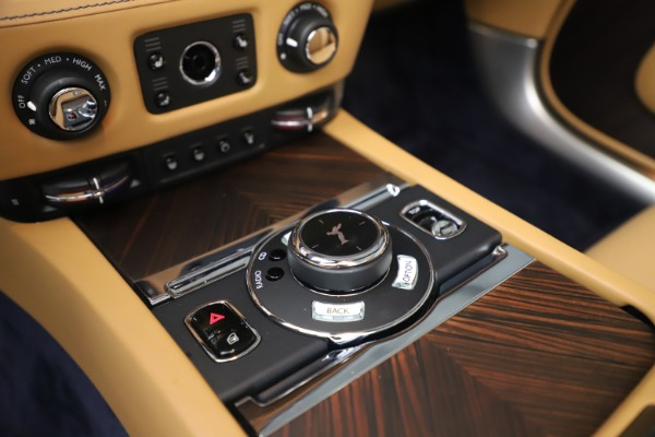 Used 2017 Rolls-Royce Dawn for sale $265,900 at Bentley Greenwich in Greenwich CT 06830 24