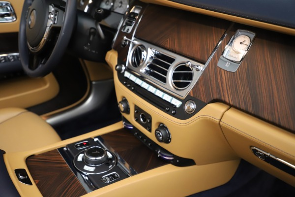 Used 2017 Rolls-Royce Dawn for sale Sold at Bentley Greenwich in Greenwich CT 06830 25
