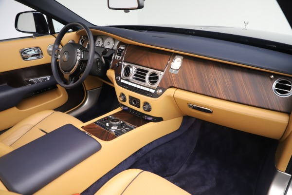 Used 2017 Rolls-Royce Dawn for sale $265,900 at Bentley Greenwich in Greenwich CT 06830 26
