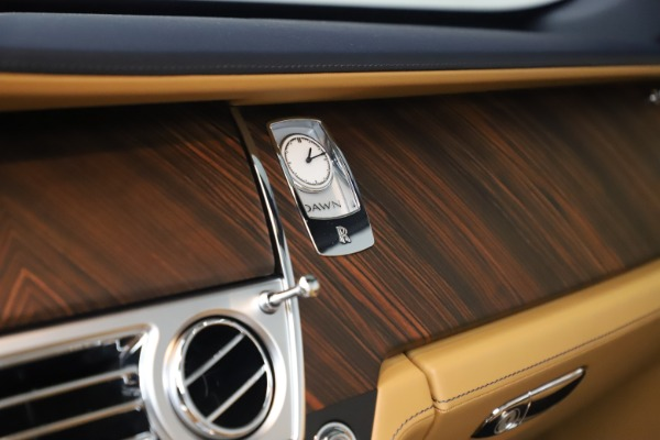 Used 2017 Rolls-Royce Dawn for sale Sold at Bentley Greenwich in Greenwich CT 06830 27