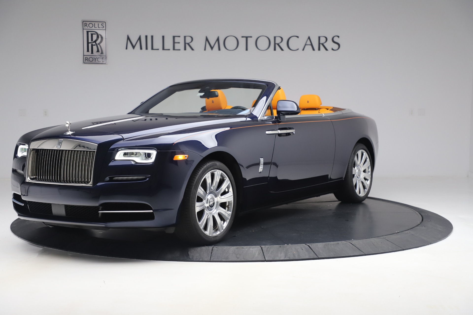 Used 2017 Rolls-Royce Dawn for sale $248,900 at Bentley Greenwich in Greenwich CT 06830 1