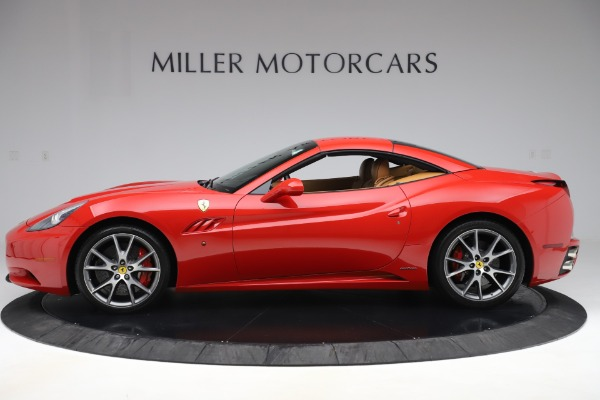 Used 2013 Ferrari California 30 for sale $112,900 at Bentley Greenwich in Greenwich CT 06830 14