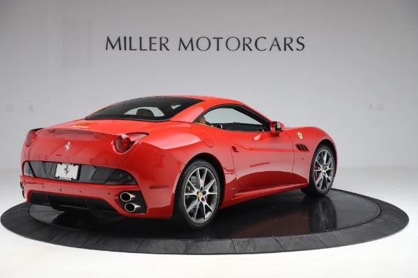 Used 2013 Ferrari California 30 for sale $112,900 at Bentley Greenwich in Greenwich CT 06830 16