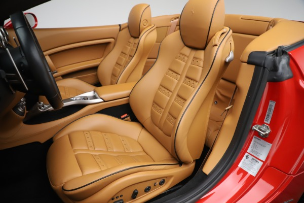 Used 2013 Ferrari California 30 for sale $112,900 at Bentley Greenwich in Greenwich CT 06830 21