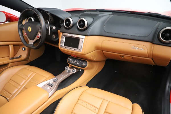 Used 2013 Ferrari California 30 for sale $112,900 at Bentley Greenwich in Greenwich CT 06830 24