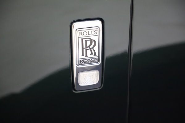 New 2020 Rolls-Royce Cullinan for sale $348,975 at Bentley Greenwich in Greenwich CT 06830 27