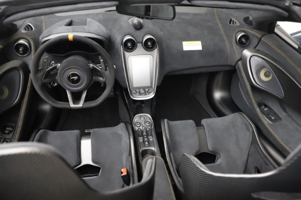 Used 2020 McLaren 600LT SPIDER Convertible for sale $249,900 at Bentley Greenwich in Greenwich CT 06830 25