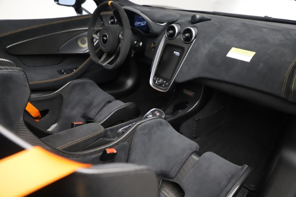 Used 2020 McLaren 600LT SPIDER Convertible for sale $249,900 at Bentley Greenwich in Greenwich CT 06830 26