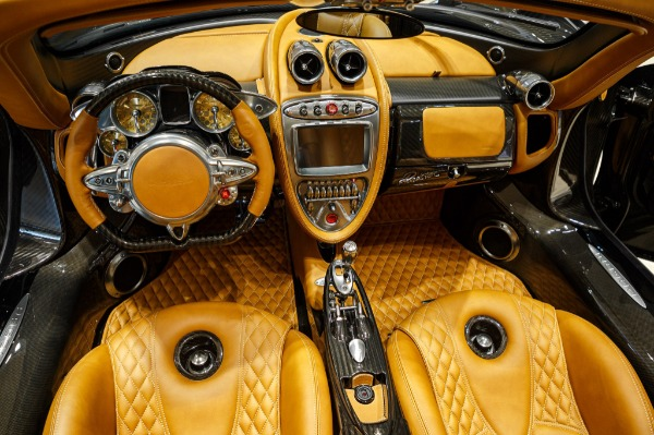 Used 2017 Pagani Huayra Roadster Roadster for sale Call for price at Bentley Greenwich in Greenwich CT 06830 12