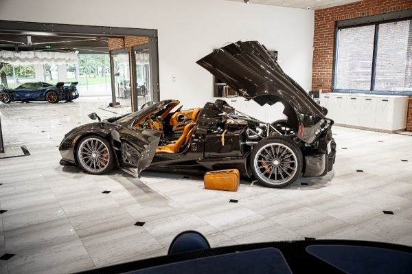 Used 2017 Pagani Huayra Roadster Roadster for sale Call for price at Bentley Greenwich in Greenwich CT 06830 7