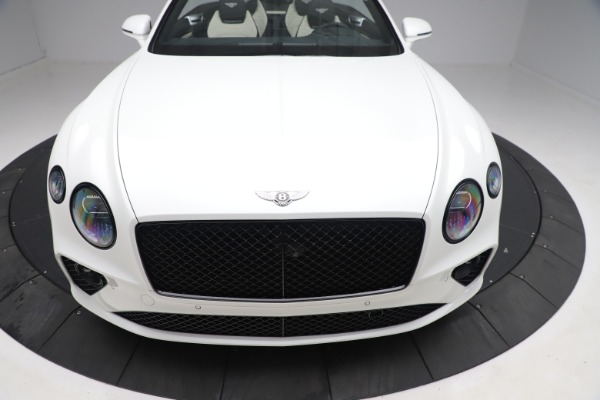 New 2020 Bentley Continental GTC V8 for sale $277,915 at Bentley Greenwich in Greenwich CT 06830 20