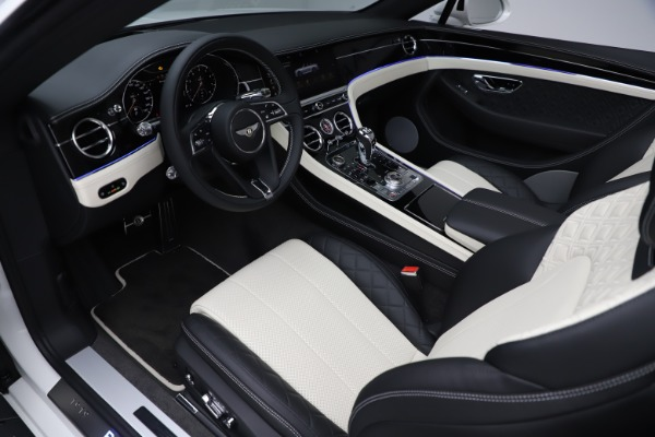 New 2020 Bentley Continental GTC V8 for sale $277,915 at Bentley Greenwich in Greenwich CT 06830 26