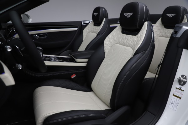 Used 2020 Bentley Continental GTC V8 for sale $277,915 at Bentley Greenwich in Greenwich CT 06830 28