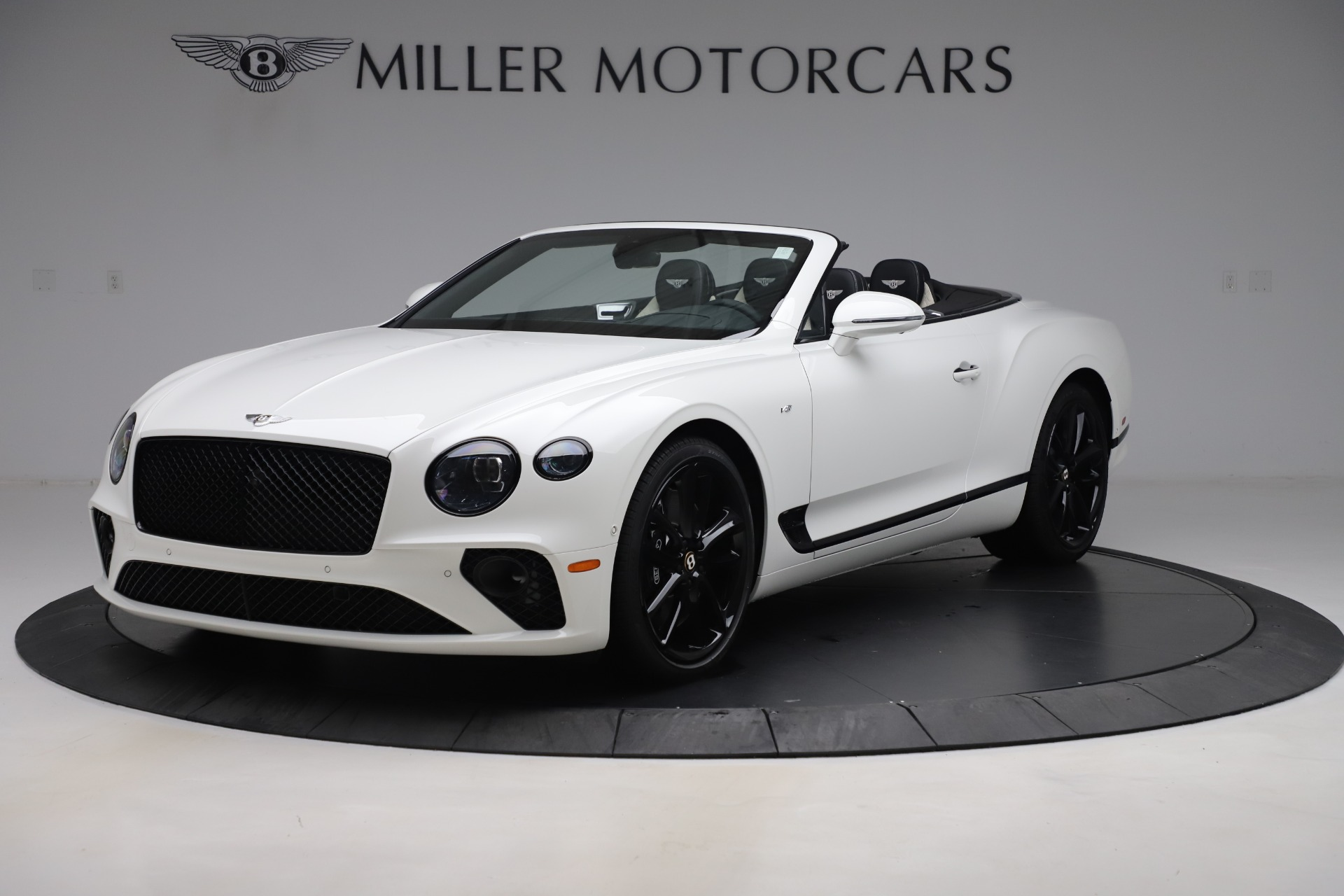 New 2020 Bentley Continental GTC V8 for sale $277,915 at Bentley Greenwich in Greenwich CT 06830 1