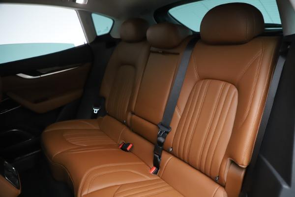 New 2019 Maserati Levante Q4 GranLusso for sale $89,550 at Bentley Greenwich in Greenwich CT 06830 16