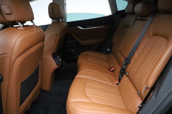 New 2019 Maserati Levante Q4 GranLusso for sale $89,550 at Bentley Greenwich in Greenwich CT 06830 17