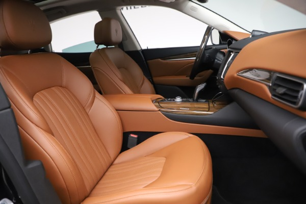 New 2019 Maserati Levante Q4 GranLusso for sale $89,550 at Bentley Greenwich in Greenwich CT 06830 20