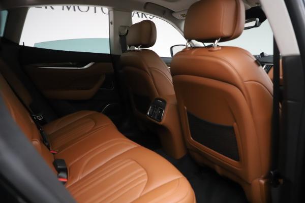 New 2019 Maserati Levante Q4 GranLusso for sale $89,550 at Bentley Greenwich in Greenwich CT 06830 22