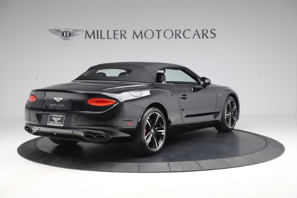 New 2020 Bentley Continental GTC V8 for sale $271,550 at Bentley Greenwich in Greenwich CT 06830 16