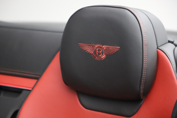New 2020 Bentley Continental GTC V8 for sale $271,550 at Bentley Greenwich in Greenwich CT 06830 27