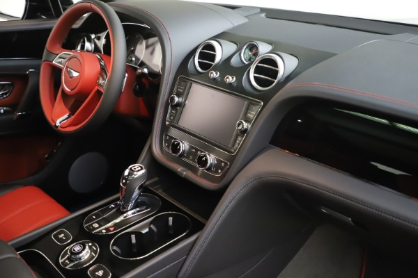 New 2020 Bentley Bentayga V8 for sale Sold at Bentley Greenwich in Greenwich CT 06830 25