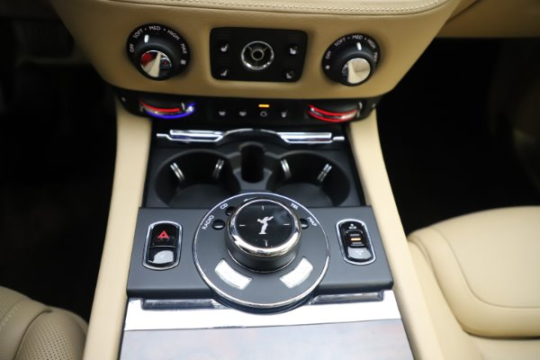 Used 2015 Rolls-Royce Ghost for sale Sold at Bentley Greenwich in Greenwich CT 06830 26