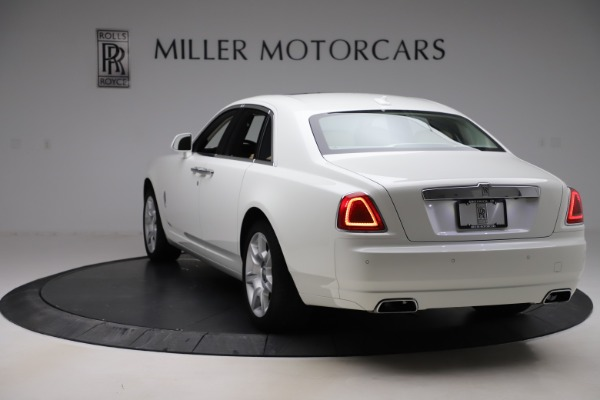 Used 2015 Rolls-Royce Ghost for sale $166,900 at Bentley Greenwich in Greenwich CT 06830 6