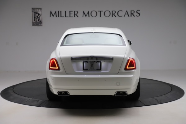 Used 2015 Rolls-Royce Ghost for sale $166,900 at Bentley Greenwich in Greenwich CT 06830 7