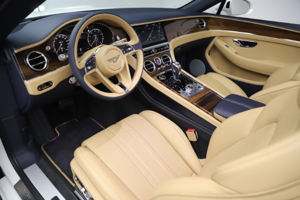 New 2020 Bentley Continental GTC V8 for sale $262,475 at Bentley Greenwich in Greenwich CT 06830 24