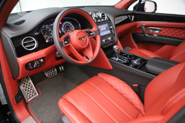 New 2020 Bentley Bentayga V8 for sale Call for price at Bentley Greenwich in Greenwich CT 06830 18