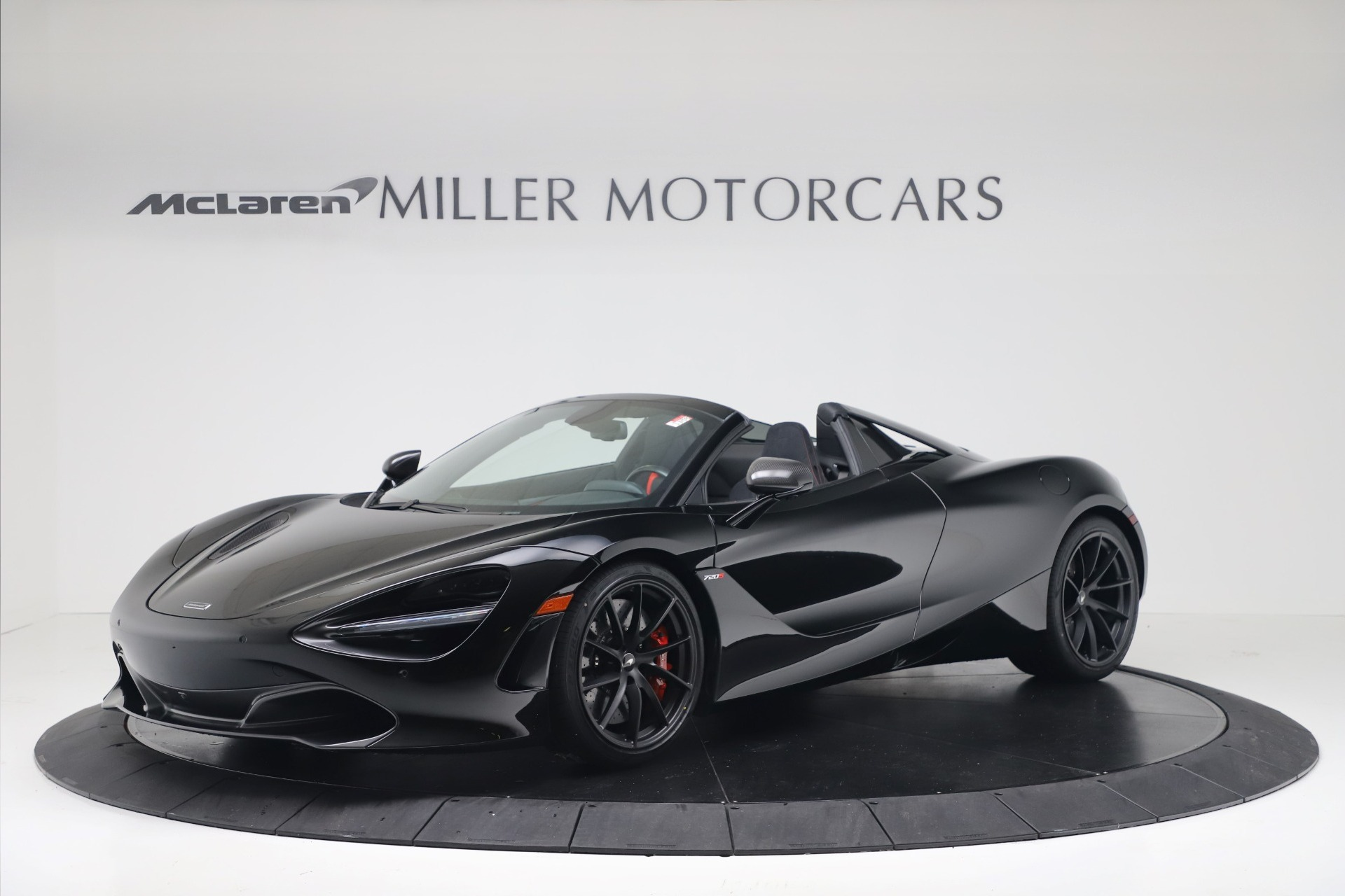 New 2020 McLaren 720S Spider Convertible for sale $383,090 at Bentley Greenwich in Greenwich CT 06830 1