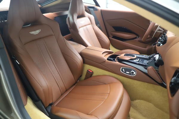 New 2020 Aston Martin Vantage Coupe for sale $180,450 at Bentley Greenwich in Greenwich CT 06830 20