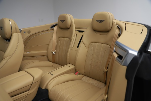 New 2020 Bentley Continental GTC V8 for sale $262,475 at Bentley Greenwich in Greenwich CT 06830 26