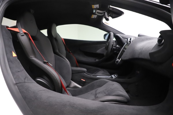 Used 2019 McLaren 600LT Coupe for sale $219,900 at Bentley Greenwich in Greenwich CT 06830 15