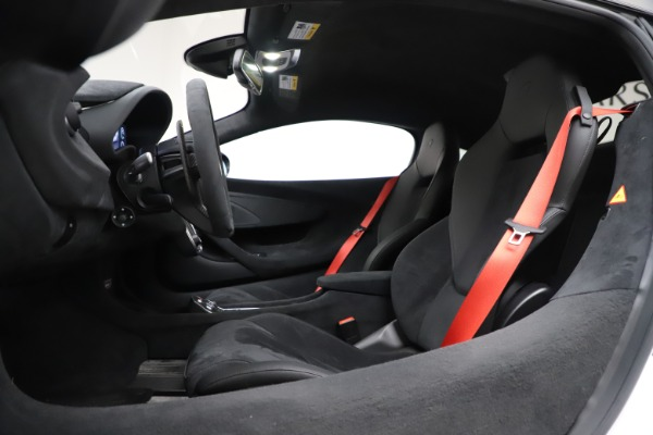 Used 2019 McLaren 600LT Coupe for sale $219,900 at Bentley Greenwich in Greenwich CT 06830 17