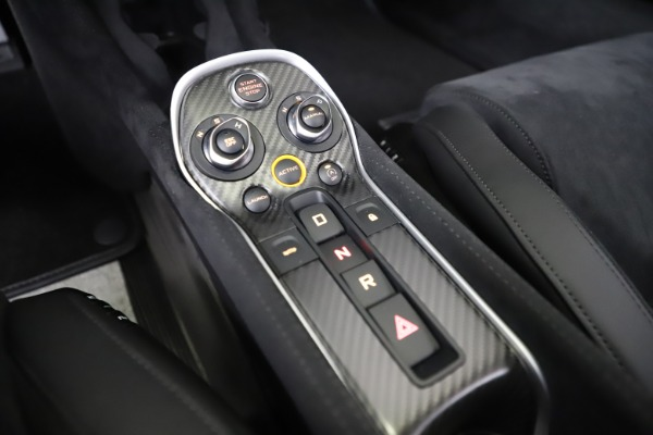 Used 2019 McLaren 600LT Coupe for sale $219,900 at Bentley Greenwich in Greenwich CT 06830 21