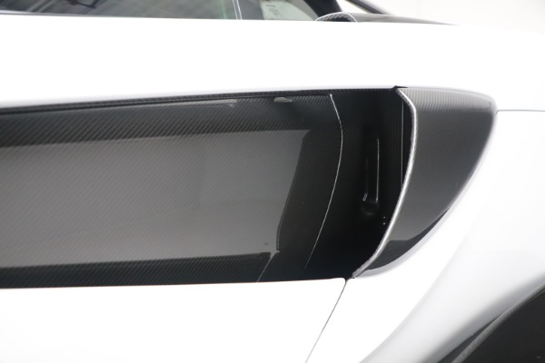 Used 2019 McLaren 600LT Coupe for sale $219,900 at Bentley Greenwich in Greenwich CT 06830 25