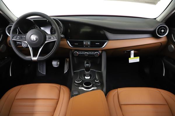 New 2019 Alfa Romeo Giulia Ti Lusso Q4 for sale $54,790 at Bentley Greenwich in Greenwich CT 06830 16