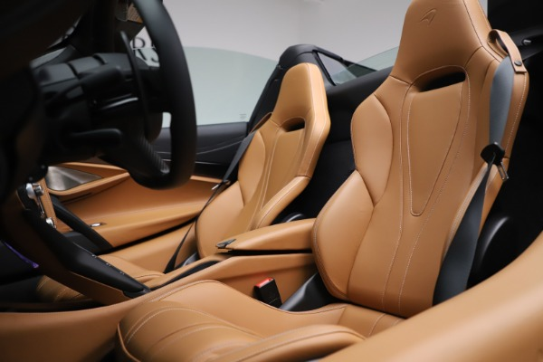 New 2020 McLaren 720S Spider Luxury for sale $380,835 at Bentley Greenwich in Greenwich CT 06830 27