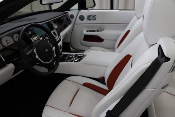 Used 2016 Rolls-Royce Dawn for sale $239,900 at Bentley Greenwich in Greenwich CT 06830 18