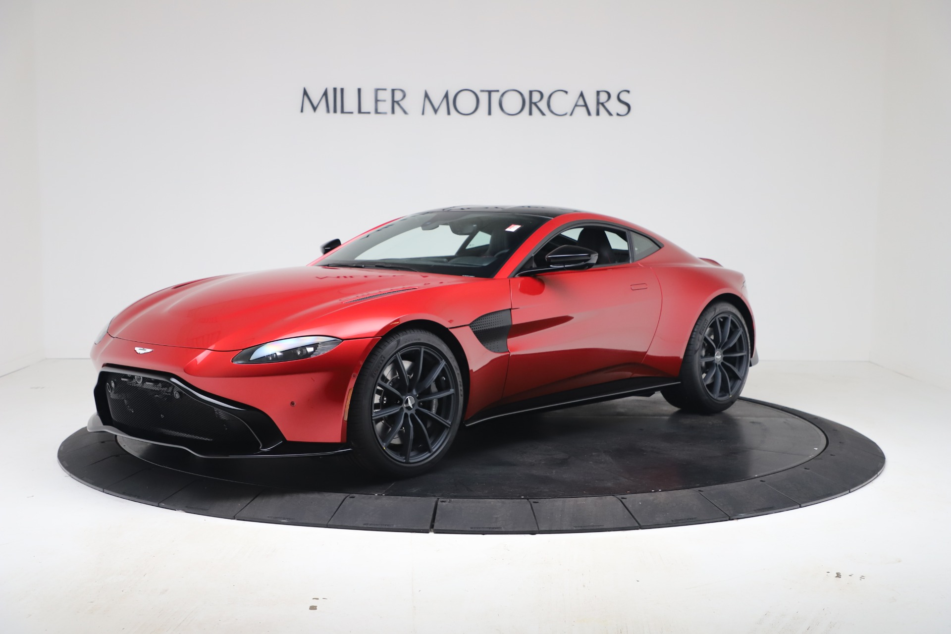 New 2020 Aston Martin Vantage Coupe for sale $195,089 at Bentley Greenwich in Greenwich CT 06830 1