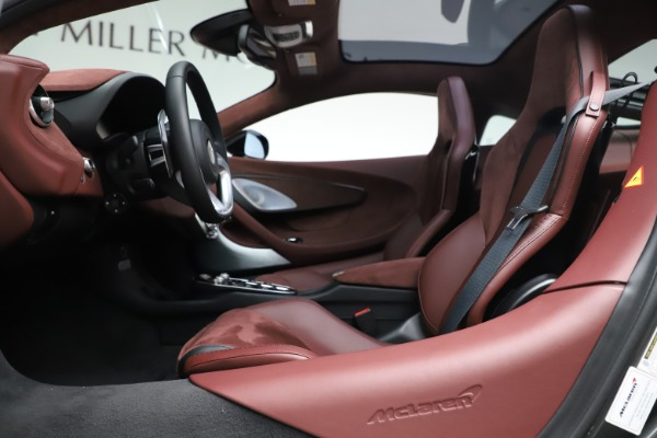 New 2020 McLaren GT Coupe for sale $247,275 at Bentley Greenwich in Greenwich CT 06830 16