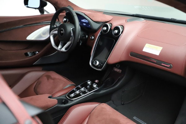 New 2020 McLaren GT Coupe for sale $247,275 at Bentley Greenwich in Greenwich CT 06830 18