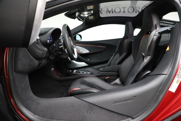 New 2020 McLaren GT Coupe for sale $249,275 at Bentley Greenwich in Greenwich CT 06830 20