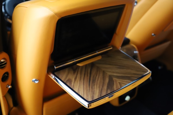 Used 2019 Rolls-Royce Cullinan for sale $349,900 at Bentley Greenwich in Greenwich CT 06830 22