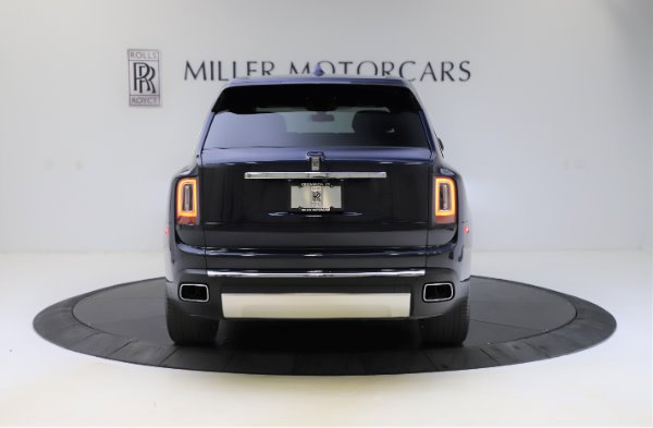 Used 2019 Rolls-Royce Cullinan for sale $349,900 at Bentley Greenwich in Greenwich CT 06830 5