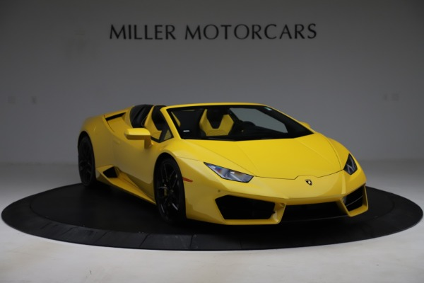 Used 2018 Lamborghini Huracan LP 580-2 Spyder for sale $203,900 at Bentley Greenwich in Greenwich CT 06830 11