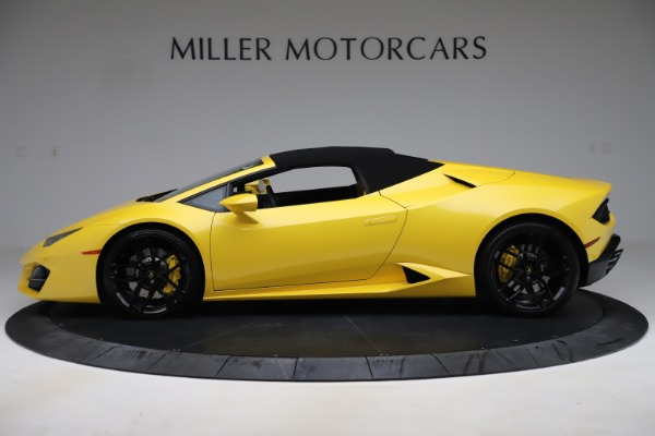 Used 2018 Lamborghini Huracan LP 580-2 Spyder for sale $203,900 at Bentley Greenwich in Greenwich CT 06830 13