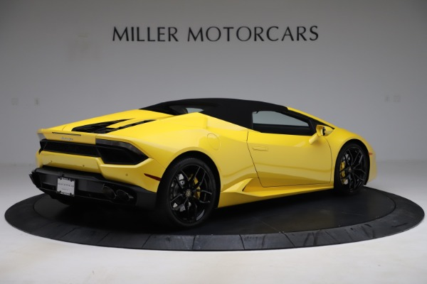Used 2018 Lamborghini Huracan LP 580-2 Spyder for sale $203,900 at Bentley Greenwich in Greenwich CT 06830 15